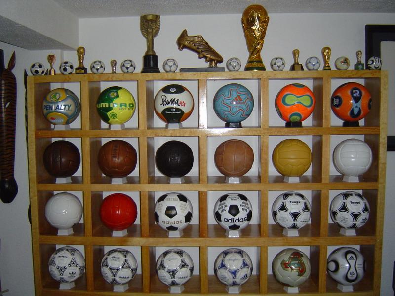 Ramon Raya – Mexico – Balones Oficiales 0a50af64c286f